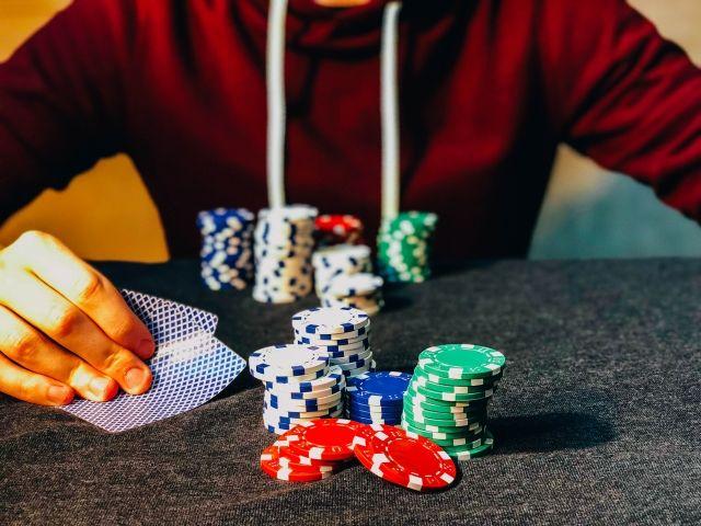 オンラインカジノはゲームの種類が豊富で飽きない