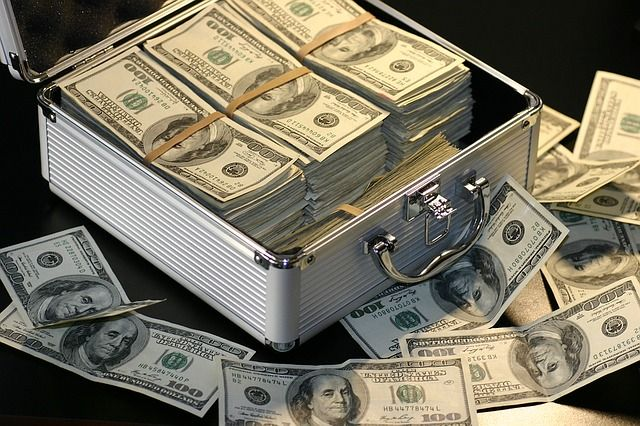 お金をたくさん稼げる可能性があるオンラインカジノサイト3選はココ!