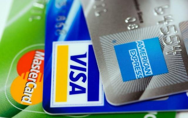 クレジットカードでオンラインカジノに入金できるブランドは?